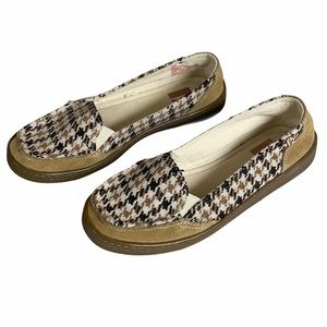 R2 Brown and Tan Houndstooth Loafers